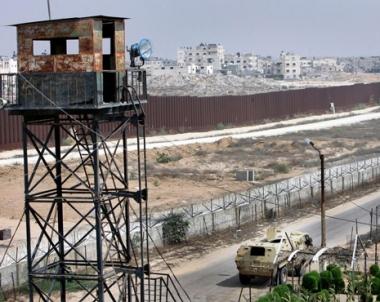 مصر تقيم ابراج حراسة على حدود غزة تحاكي مثيلتها الإسرائيلية