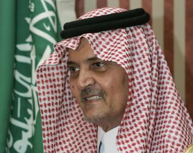 أنباء عن اعفاء سعود الفيصل من منصبه لأسباب صحية