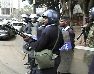 مقتل 5 اشخاص على الاقل في مواجهات بين محتجين والشرطة الكينية