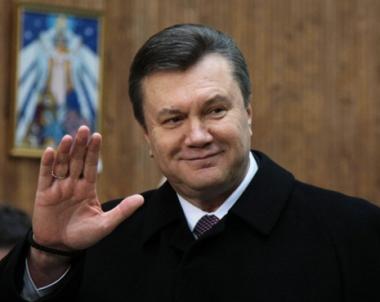يانوكوفيتش يتعهد باستعادة علاقات الشراكة مع روسيا