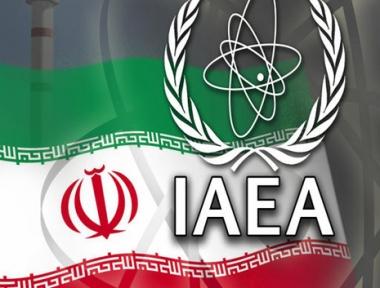 وزير الخارجية الإيراني يطرح في دافوس أفكارا جديدة حول صفقة اليورانيوم