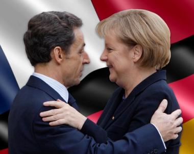 ميركل في باريس تتفق مع ساركوزي على برنامج تعاون لعشر سنوات