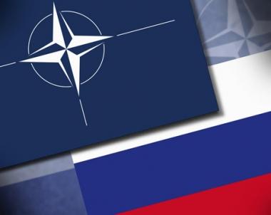مسؤول روسي: الناتو يفكر على نطاق محلي