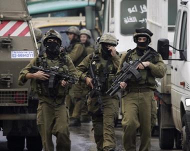 اعتقال 50 شخصا  في عملية إسرائيلية واسعة شمال القدس