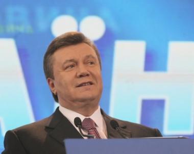 يانوكوفيتش يبدأ مشاورات من اجل تشكيل تحالف برلماني جديد