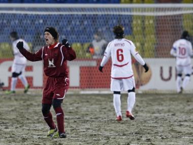 روبين يقترب من الدور الـ 16 للدوري الأوروبي لكرة القدم