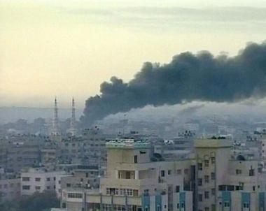 اصابة 5 فلسطينيين في قصف مدفعي اسرائيلي شمال غزة