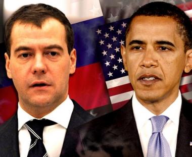 مدفيديف وأوباما يتفقان على تسريع إعداد اتفاقية جديدة بشأن الأسلحة الهجومية