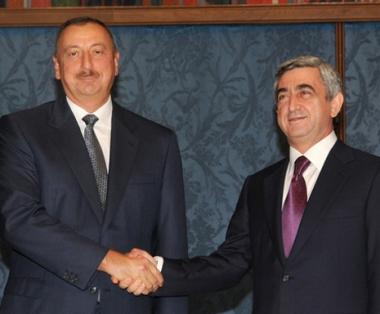 الرئيسان الاذربيجاني الهام علييف والارمني سيرج ساركسيان