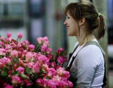 بوتين يهنئ المرأة الروسية في يومها العالمي