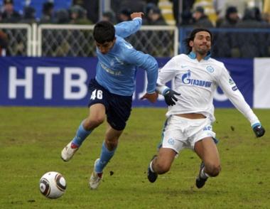 زينيت يستهل مشواره في الدوري الروسي بفوز صعب على كريليا سوفيتيوف