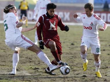 روبين ينتزع الفوز من لوكوموتيف موسكو في الدقائق الأخيرة