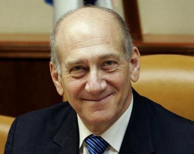 استطلاع اسرائيلي يشير الى ان اولمرت السياسي الاكثر فساداً في تاريخ البلاد