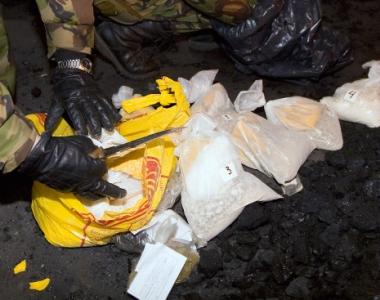 مسؤول روسي: المستودعات الافغانية تخزن 12 الف طن من الافيون