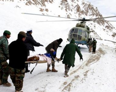 مقتل 35 شخصا في انهيارات ثلجية شمال افغانستان
