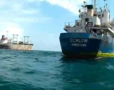 قراصنة صوماليون يختطفون سفينة تركية مع طاقمها