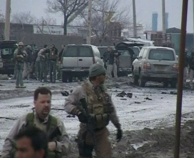 مقتل شخص واحد وجرح 15 اخرين في هجوم على دورية للناتو شرق أفغانستان