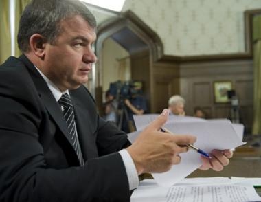 وزير الدفاع الروسي: اساس استقرار بلدان رابطة الدول المستقلة يكمن في التعاون العسكري بينها