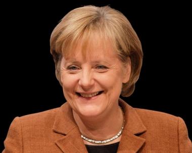 انجيلا ميركل تشدد من جامعة ستانفورد دعمها للقوات الالمانية والامريكية في افغانستان