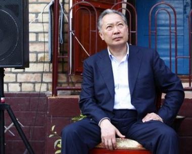 باقييف ينفي استقالته من منصب رئيس قرغيزيا