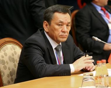 موسكو تسلم بيشكيك وزير الداخلية القرغيزي السابق