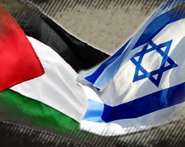 عباس يلمح لامكانية العودة لطاولة المفاوضات مع اسرائيل ويمد يد السلام للشعب الاسرائيلي