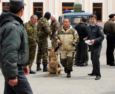 مصرع شخص واحد وإصابة أكثر من 20 آخرين في إنفجار بميدان لسباقات الخيل في نالتشيك الروسية