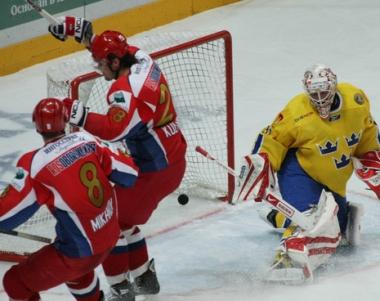 روسيا تفوز على السويد في الدوري الأوروبي لهوكي الجليد