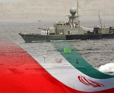 ايران تجرى مرحلة ثانية من المناورات البحرية في خليج عمان