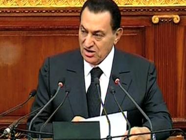 الرئيس المصري يحذر المعارضة من اثارة الفوضى في البلاد