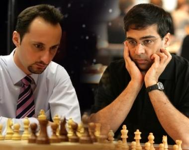 توبالوف وأناند متعادلان بعد الجولة التاسعة