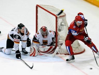 روسيا تواصل انتصاراتها في كأس العالم لهوكي الجليد