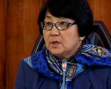 نائب رئيسة الحكومة القرغيزية المؤقتة يتهم انصار النظام السابق بتنظيم احداث  جلال آباد