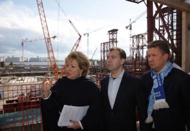 الرئيس الروسي يتفقد شخصيا أعمال بناء الملاعب الكروية في روسيا