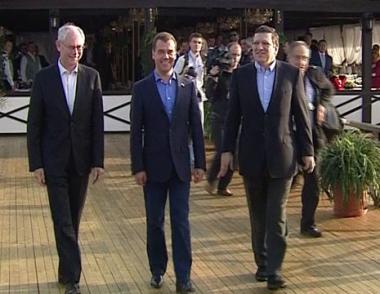 مدفيديف يلتقي قادة الاتحاد الأوروبي