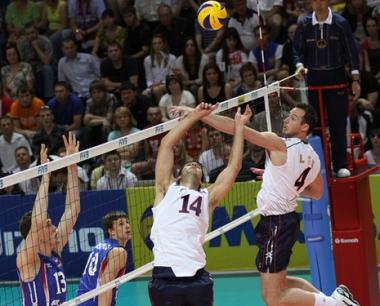روسيا تجدد فوزها على أمريكا بالكرة الطائرة في الدوري القاري