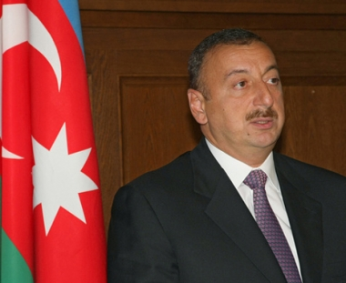 الرئيس الاذربيجاني يقترح منح ارمن قره باغ حق الحكم الذاتي في اطار الدولة الاذربيجانية
