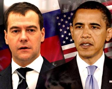 مدفيديف يناقش مع اوباما مسائل الامن الدولي وآفاق انضمام روسيا الى منظمة التجارة العالمية