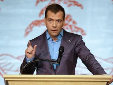روسيا مستعدة لتحسين نظامها السياسي ولكن دون تدخل خارجي