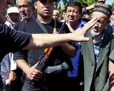 مسؤول قرغيزي: الاضطرابات في جنوب البلاد نظمتها عائلة باقييف