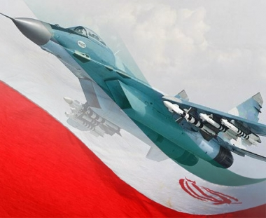 ايران تعلن انجاز عملية تطوير مقاتلة