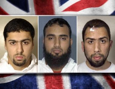 السجن 20 عاما لـ3 مسلمين بريطانيين بتهمة التآمر لتفجير طائرات في الجو باستخدام مواد سائلة