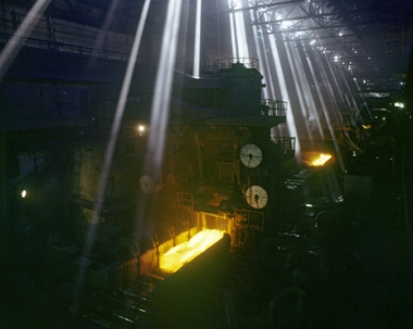 روسيا تبنى مصنعا للفولاذ المدلفن في تركيا