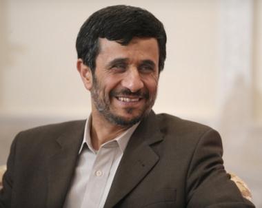 القيادة الايرانية تتهم قوات الائتلاف الدولية في افغانستان بالضلوع في انفجاري زاهدان