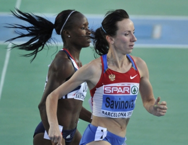 سافينوفا تحرز ذهبية روسيا الثامنة في برشلونة