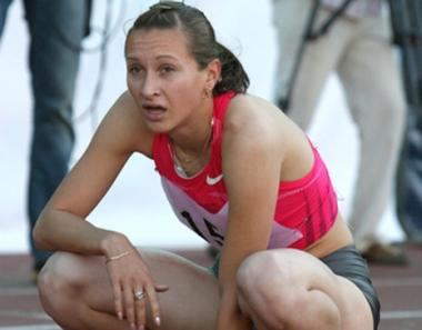 الروسية فيدوريفا تحرز برونزية سباق 200 متر