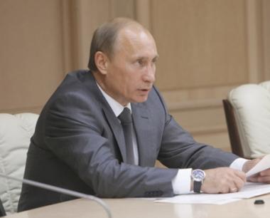 بوتين يطالب بضمان امن منشآت الطاقة