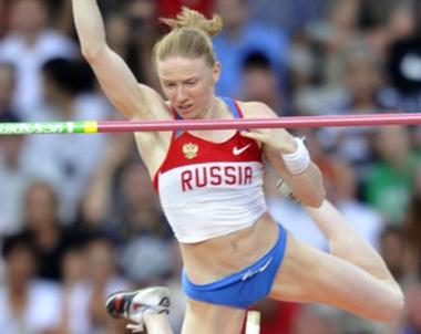 الروسية فيوفانوفا تتوج بذهبية القفز بالزانة في الدوري الماسي