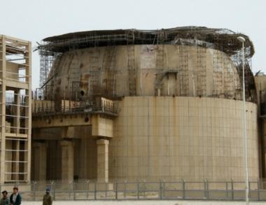 نائب الرئيس الايراني: فحص المعدات الاساسية لمحطة بوشهر الكهرذرية سينتهي خلال اسبوعين