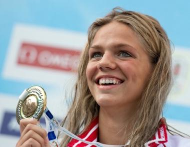 السباحة الروسية يفيموفا بطلة لأوروبا